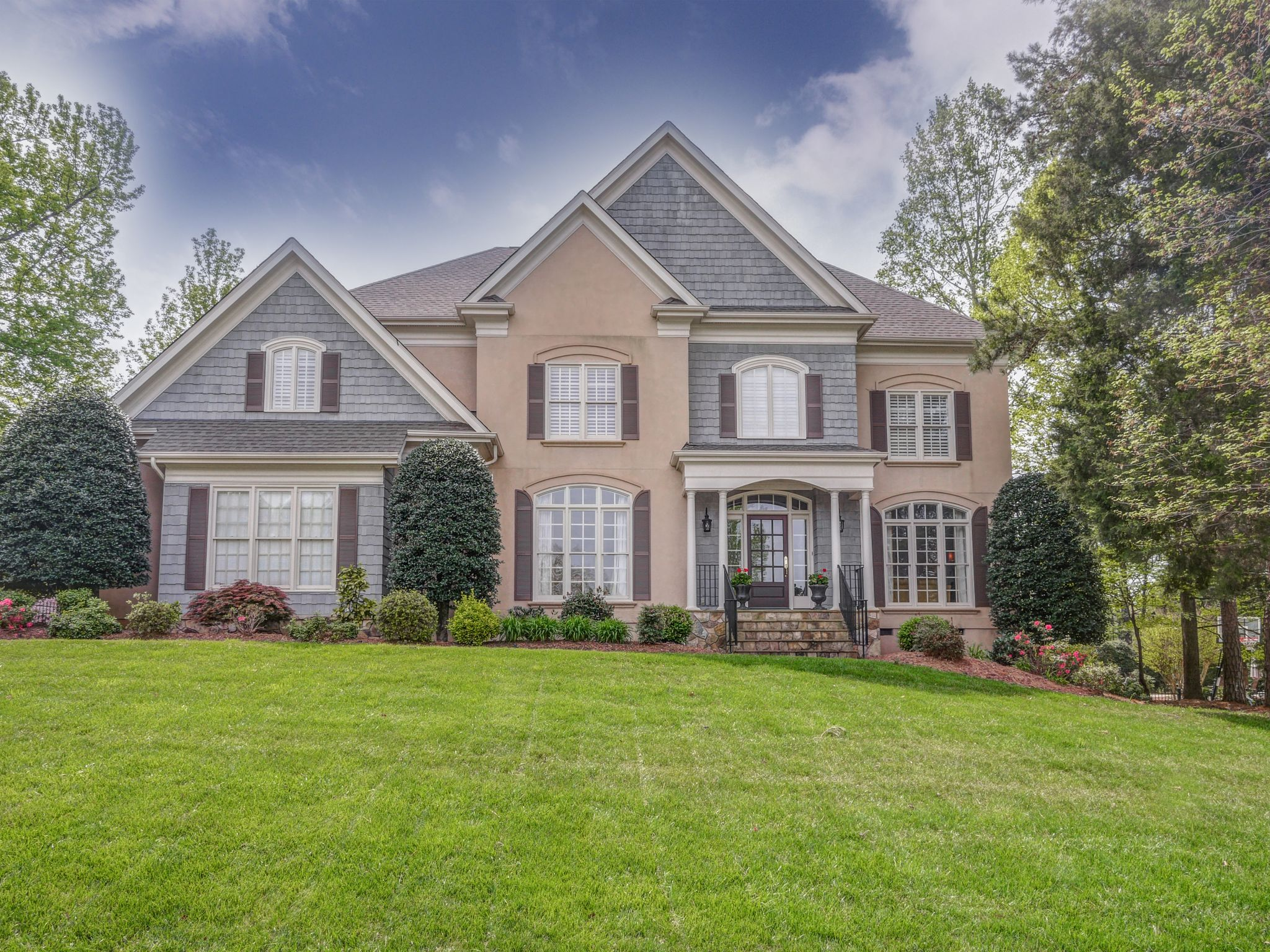 9205 Woodriver Ln Charlotte NC Recently Sold