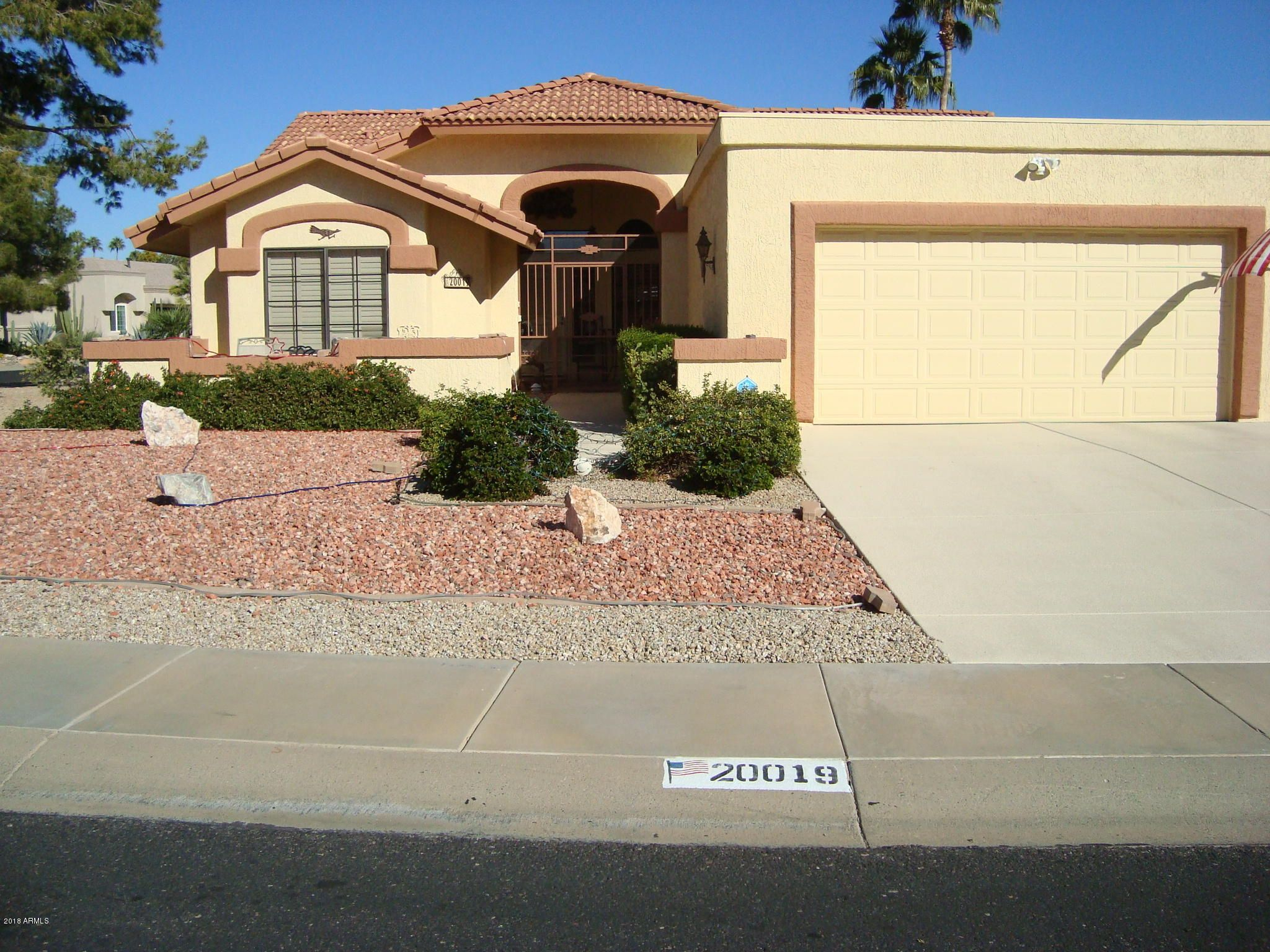 Admirable 20019 N Ascot Dr Sun City West Az 85375 2 Bed 2 5 Bath Single Family Home Mls 5859436 65 Photos Trulia Beutiful Home Inspiration Aditmahrainfo