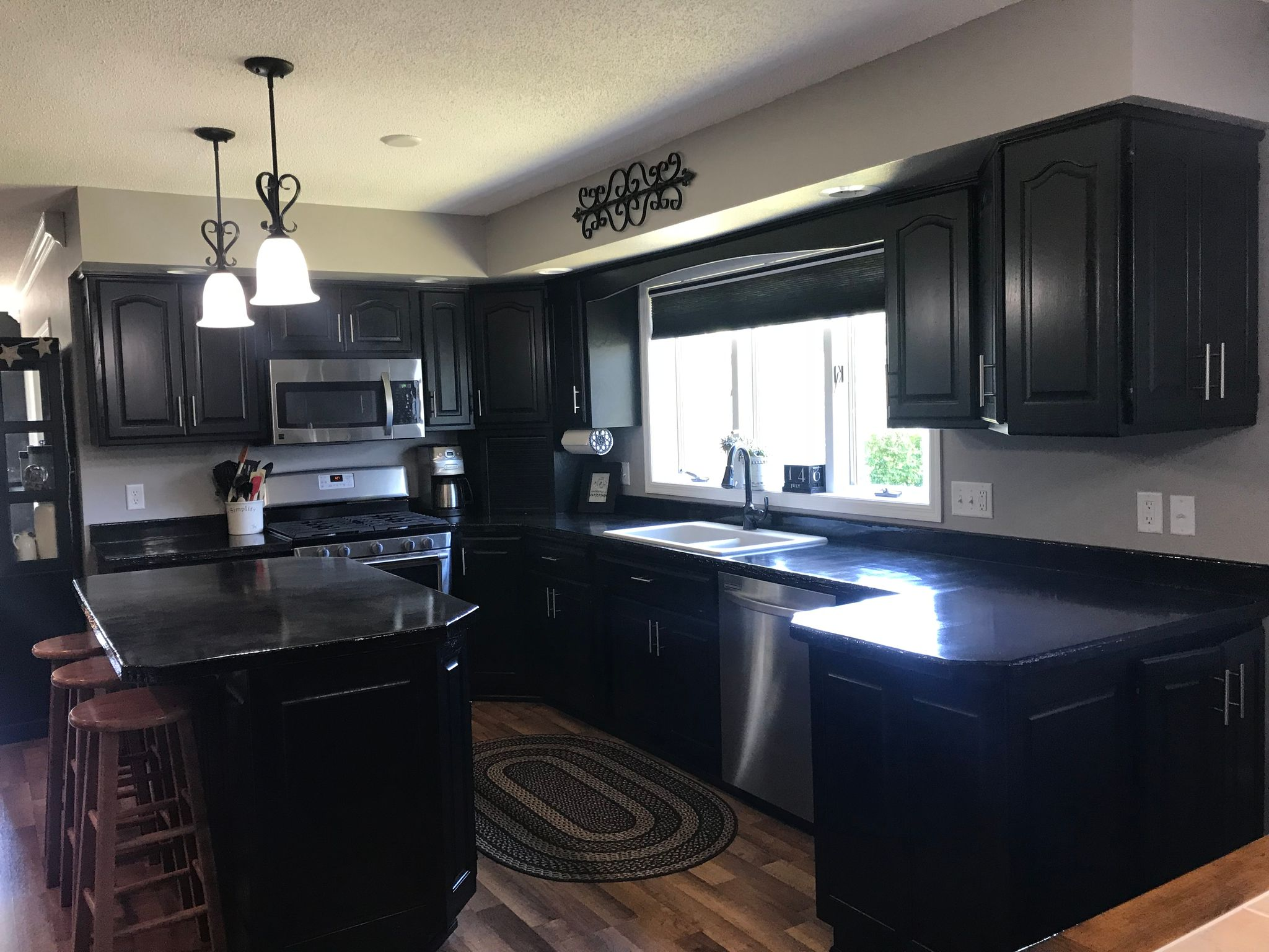 1616 9th Ave SE, Jamestown, ND 58401 - 4 Bed, 2.5 Bath Single-Family Home -  MLS #29-246 - 25 Photos | Trulia