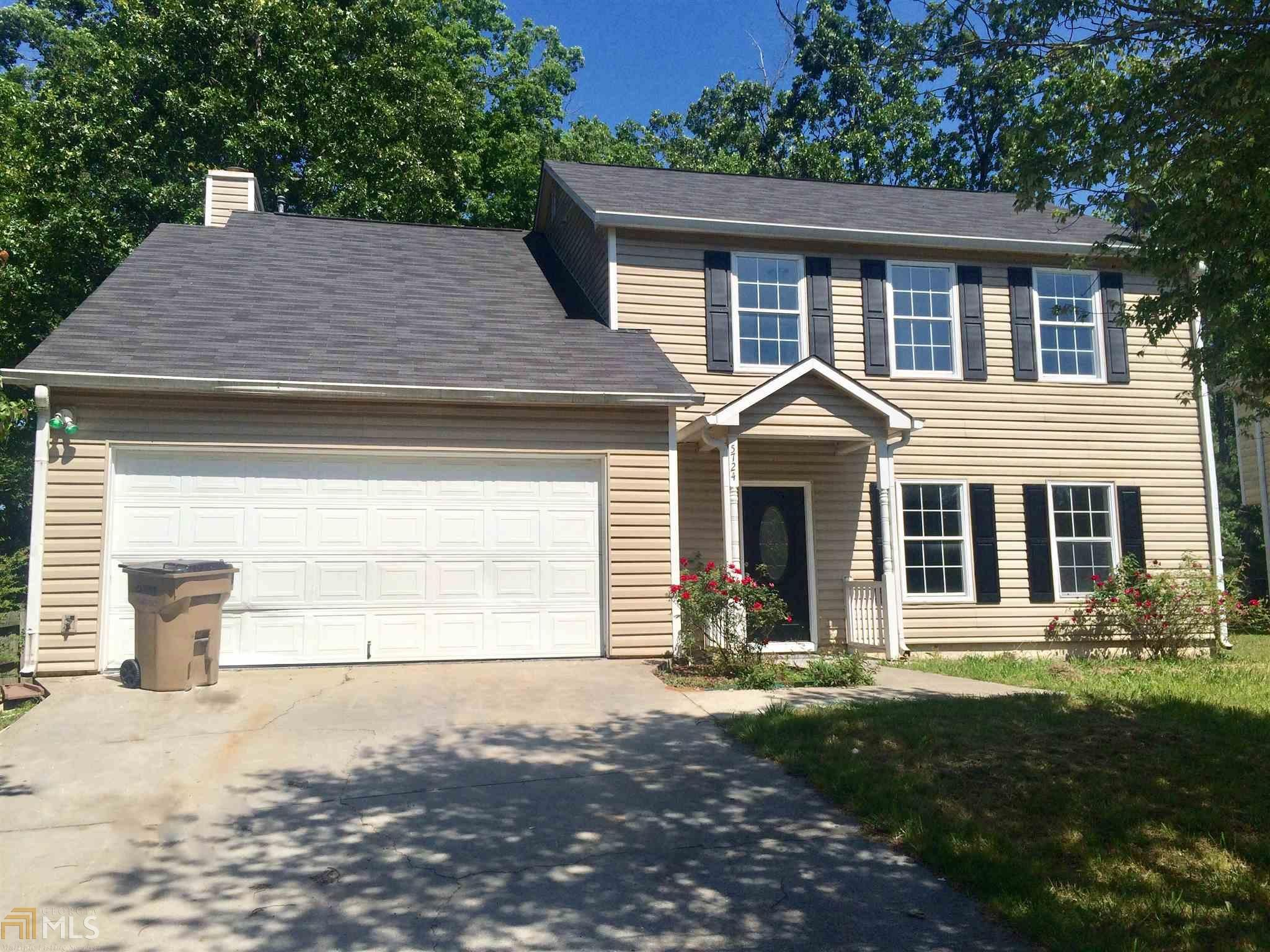 5724 Chisolm Trl College Park GA Recently Sold