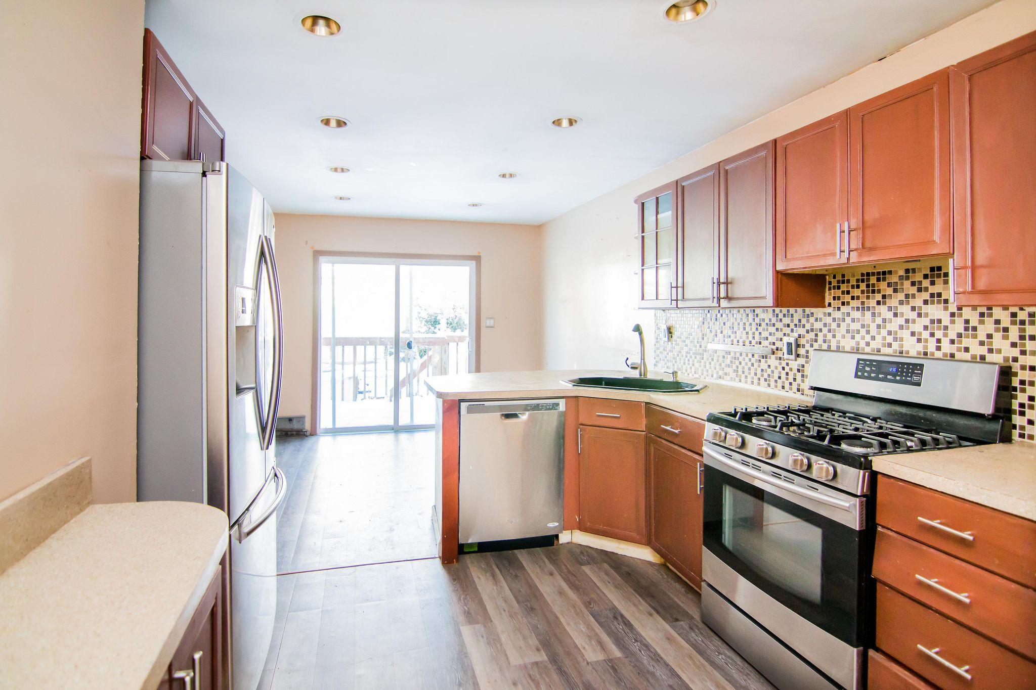 15 E 35th St Bayonne NJ Estimate and Home Details