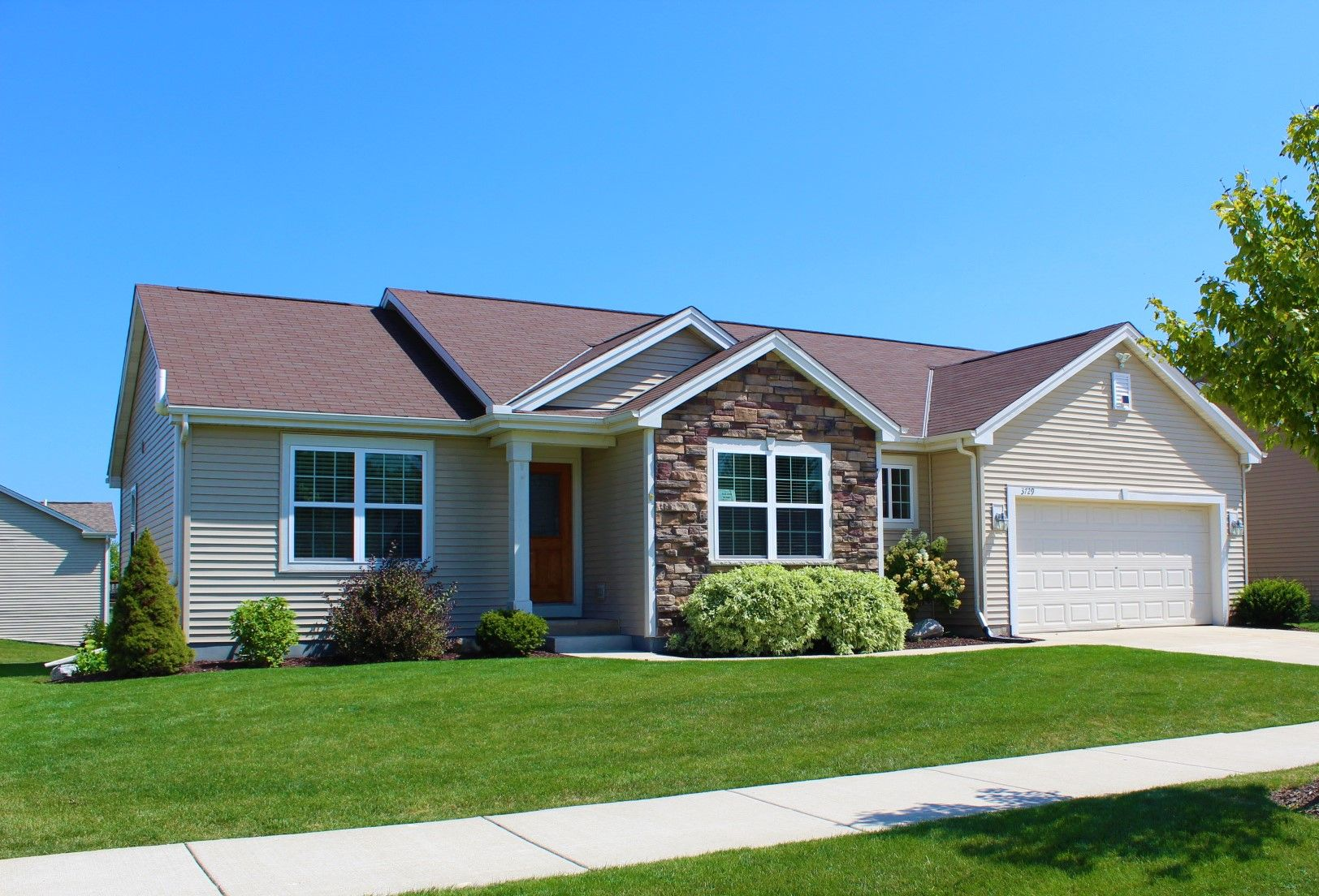 3729 95th Pl, Sturtevant, WI 53177 - 4 Bed, 3 Bath Single-Family Home - MLS  #1642727 - 24 Photos   Trulia