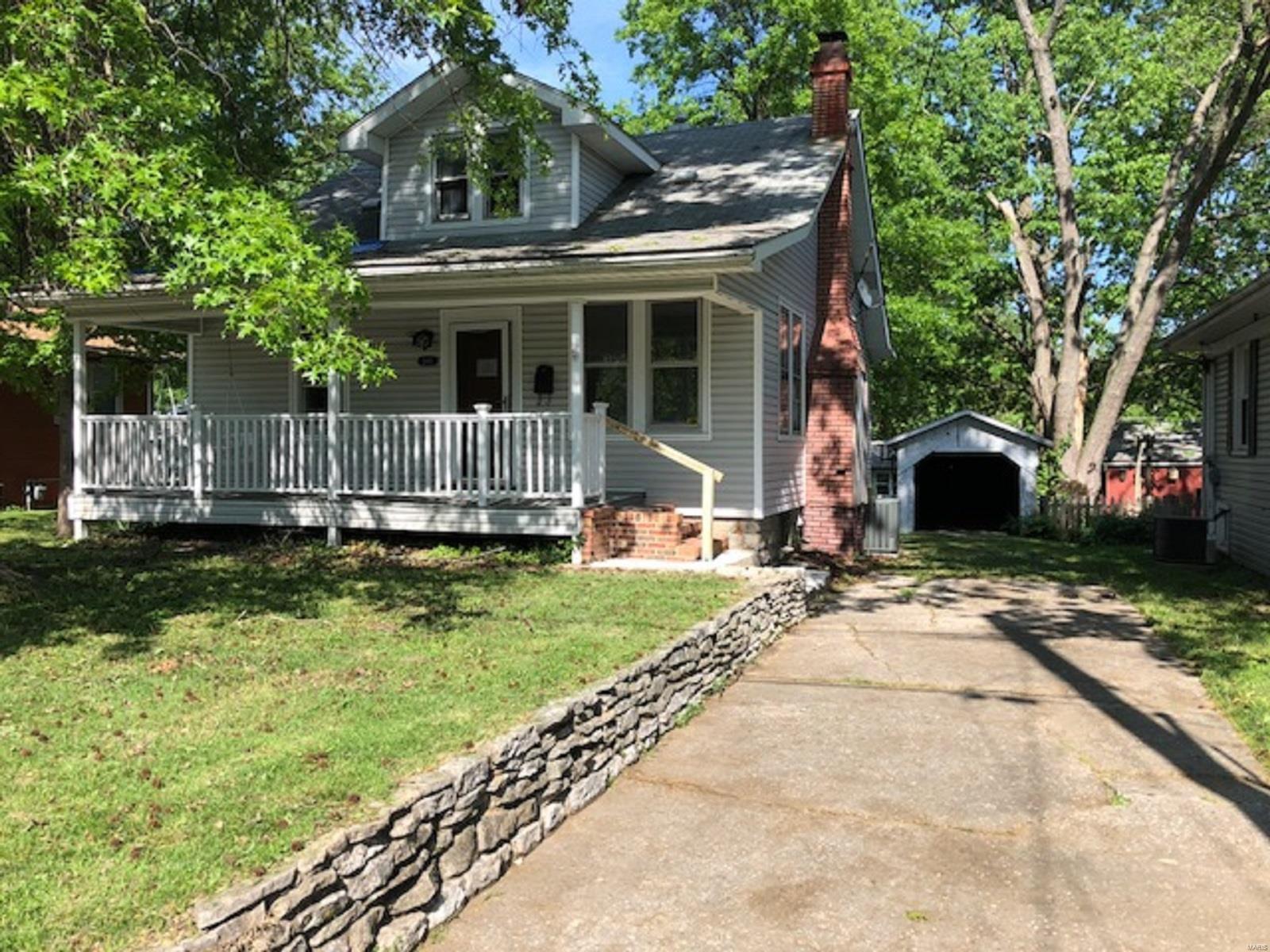 2411 Kohler St, Alton, IL 62002 - Recently Sold | Trulia