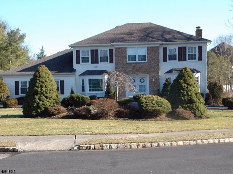 4 Concord Rd, Whippany, NJ 07981 - 5 Bed, 4 Bath Single-Family ... on