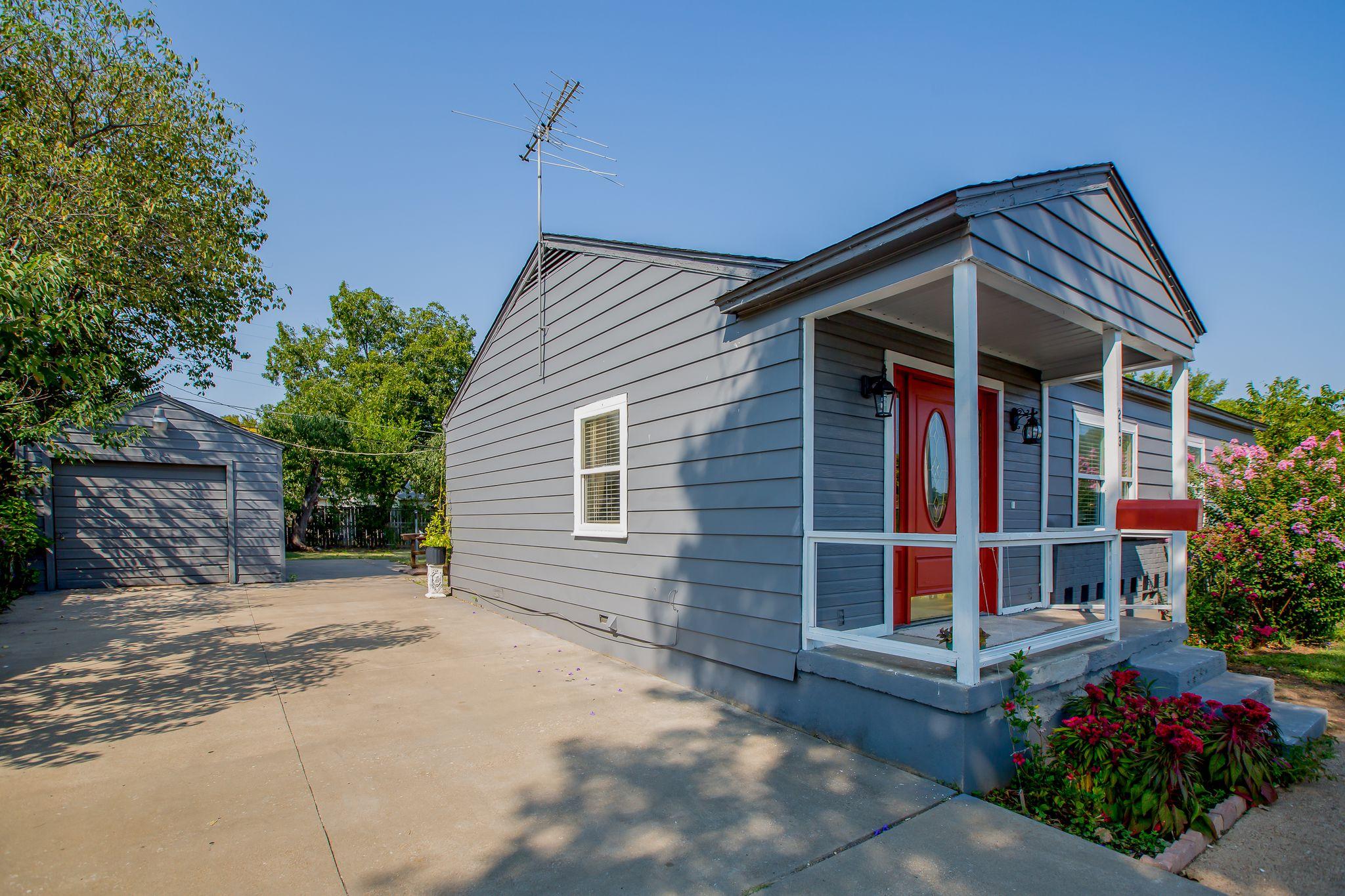 213 W Shady Grove Rd, Irving, TX 75060   Trulia