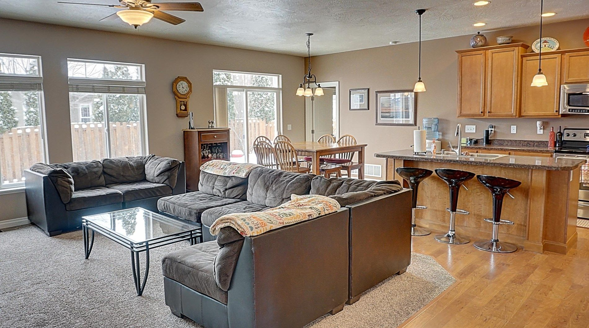 6104 Hobson Ln, Missoula, MT 59803 - 5 Bed, 3 Bath Single-Family Home - MLS  #21902112 - 38 Photos | Trulia