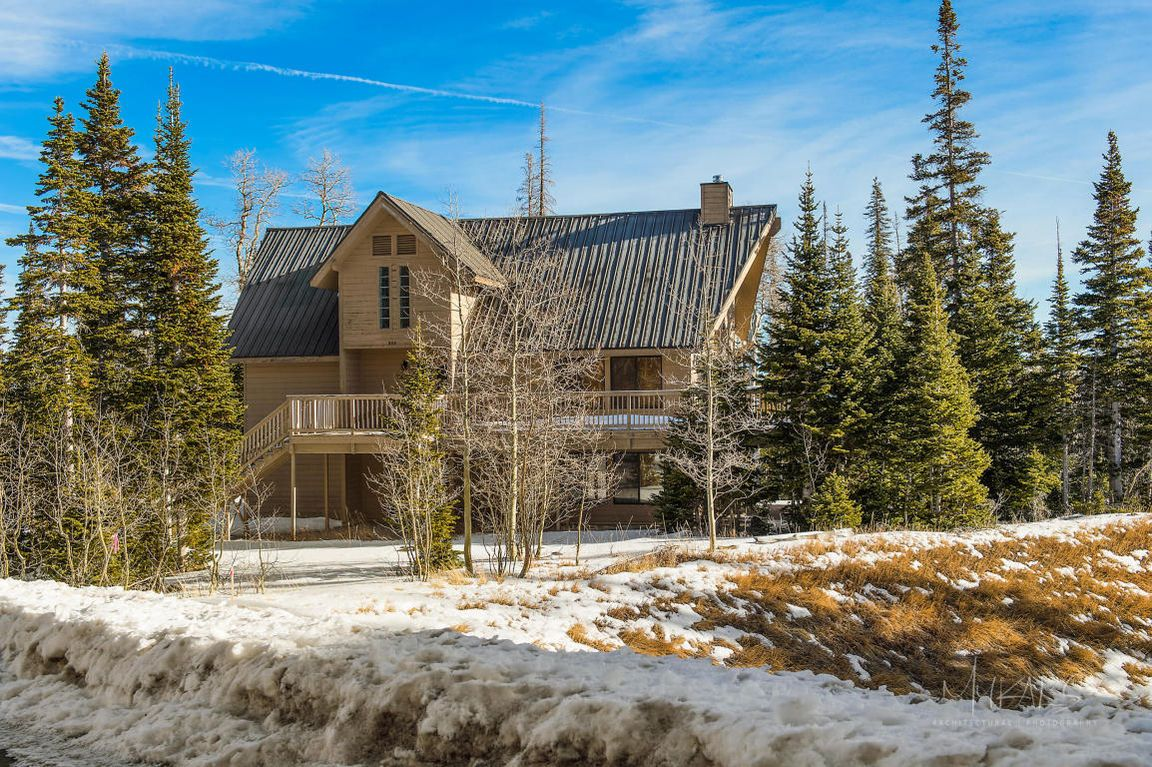 bryce head brian in for creek duck village beds cabin states rentals cabins rooms utah united rent zion