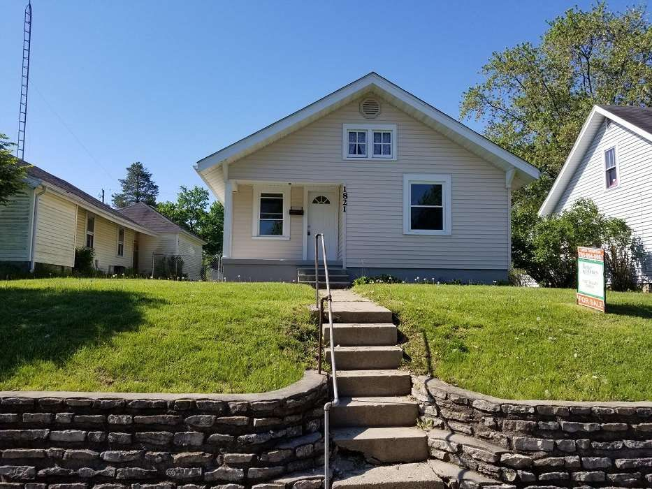 1821 NW C St, Richmond, IN 47374 - 2 Bed, 1 Bath Single-Family Home - MLS  #10036143 - 19 Photos   Trulia