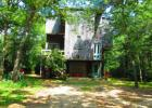 6 Berry Ave, Edgartown, MA 02539, $525,000 4 beds, 2 baths