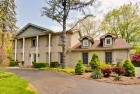 2542 Shenandoah Ln, Long Grove, IL 60047, $750,000 5 beds, 3.5 baths