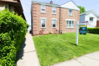 8922 Southview Ave, Brookfield, IL 60513, $185,000 2 beds, 1 bath