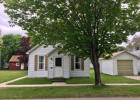321 3rd Ave, Manistee, MI 49660, $129,000 3 beds, 1 bath