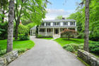 3952 sqft  6 beds  5 baths  single-family home in Larchmont  NY - 10538
