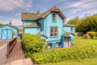 3088 Harrison Ave, Astoria, OR 97103, $320,000 7 beds, 3 baths