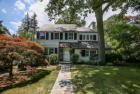 2808 sqft  5 beds  4 baths  single-family home in Larchmont  NY - 10538