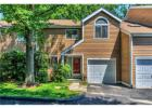 24 Waters Edge, Chappaqua, NY 10514, $599,000 2 beds, 2.5 baths