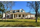 113 Valley View Dr, Bastrop, TX 78602, $425,000 5 beds, 4 baths - 3687 sqft, 5 beds, 4 baths, single-family home in Bastrop, TX - 78602