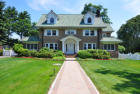 3817 sqft  6 beds  4 baths  single-family home in New Rochelle  NY - 10804