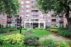2 beds  1 bath  co-op in Forest Hills  NY - Forest Hills