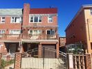 2740 sqft  5 beds  4 baths  multi-family home in Flushing  NY - Jackson Heights