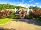 9000 sqft  7 beds  10 baths  single-family home in Old Westbury  NY - 11568