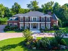 7200 sqft  6 beds  7 baths  single-family home in Kings Pt  NY - 11024